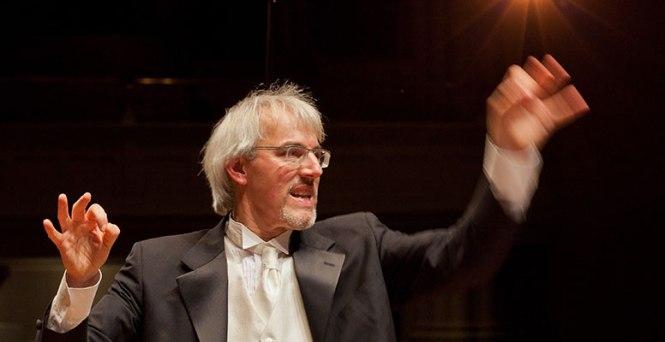 Matthias-Maute-conducting